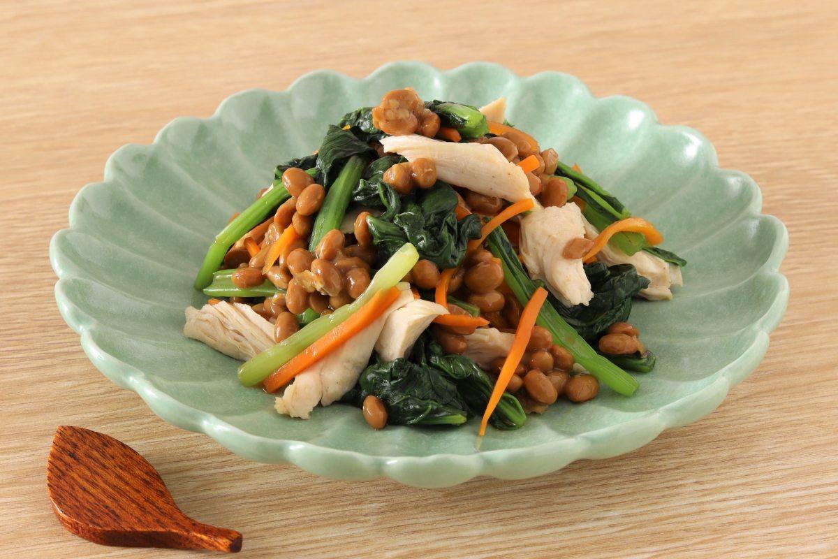 レンジで楽チン!鶏ささみと小松菜のネバトロ和え